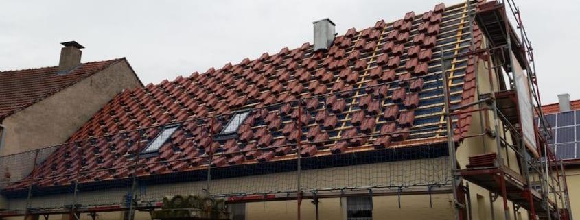 MeinDach sanierte das Dach und die Hausbesitzer hatten ein gutes Gefühl
