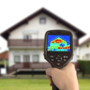 Waermebild Aufnahme Messung Haus Energiesparen Dachdämmung