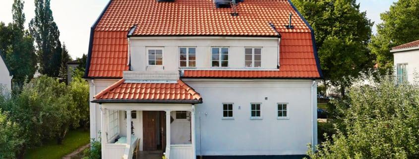 Ein Haus mit einer guten Dachgestaltung