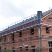 DachsanierungMehrfamilienhaus