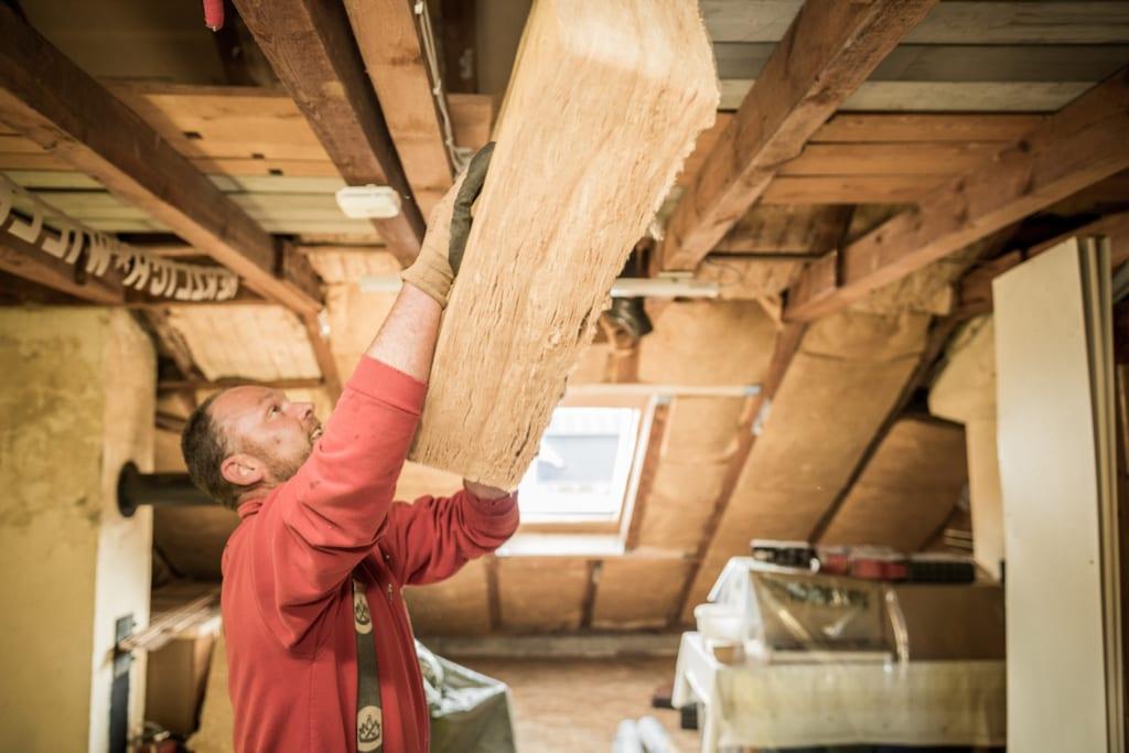 Häufig Mit einer guten Dachdämmung Geld sparen - MeinDach IX47