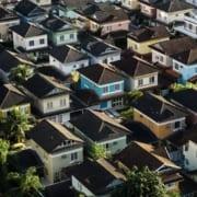 Luftaufnahme von Dächern in Deutschland